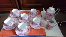 Sada hrnečku s podšálky + konvice na čaj a na mléko